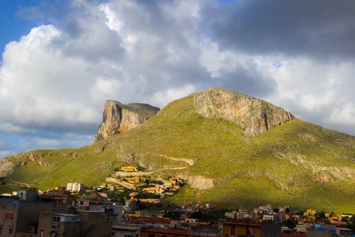 Coasta la vest de Palermo